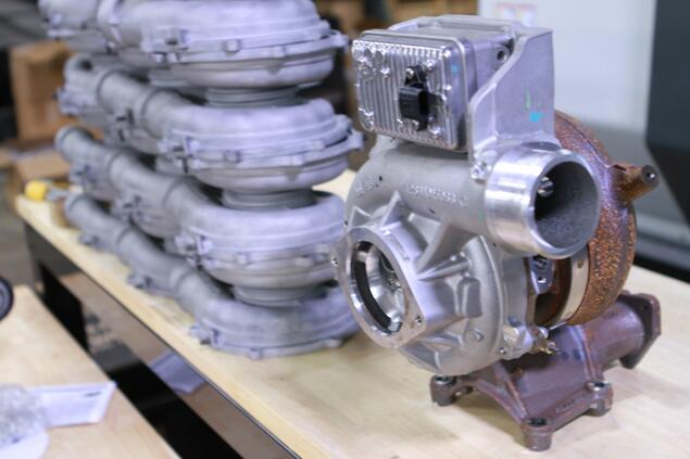 Stock L5P Turbo  (38)